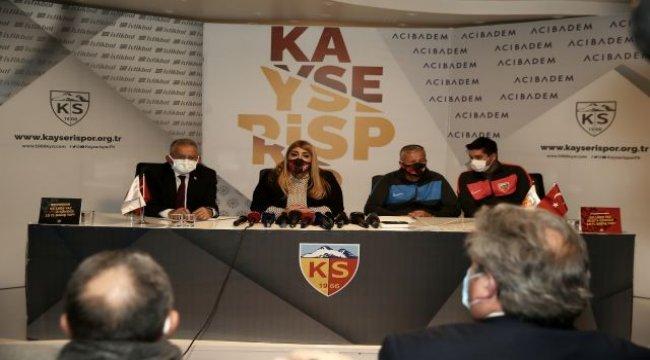 Kayserispor'da Petrescu resmi sözleşme imzaladı