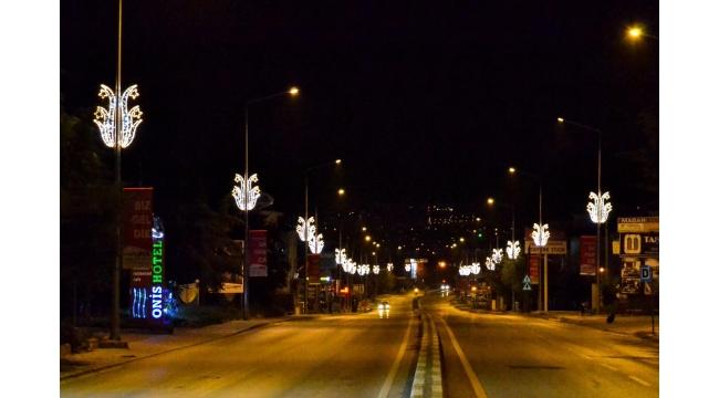 Sapanca İzmit Caddesi Işıl Işıl Oldu