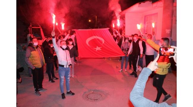Hacıoğlu mahallesi Caner Sarmaşık için yürüdü